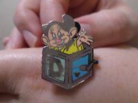 Disney Hidden Mickey 7 Seven Dwarfs Collection Dopey Jack in the Box Pin