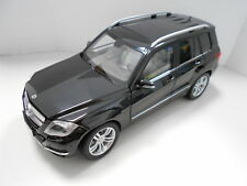 GTA11008BK MERCEDES-BENZ GLK 1:18