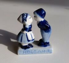 Delft Hand Painted Holland Blue Dutch Boy and Girl Kissing Porcelain Figurine