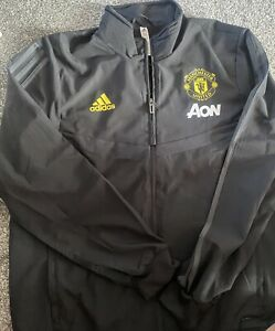 Manchester United tracksuit top Size Large
