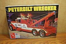 AMT PETERBILT 359 WRECKER 1/25 SCALE MODEL TRUCK KIT