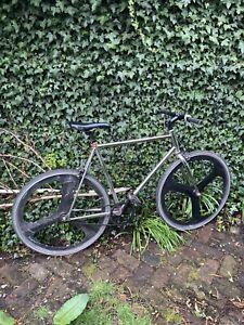 Hackney Cycles Single Speed Fixed Gear Chrome Black Aerospoke
