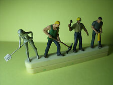 4  FIGURINES  1/43   SET 156   LE  CHANTIER   VROOM  1/43   A  PEINDRE