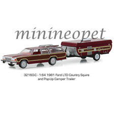 GREENLIGHT 32160 C 1981 FORD LTD COUNTRY SQUIRE & POP UP CAMPER TRAILER 1/64 BUR