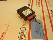 08-10 BMW 5-series fuel pump relay 16147180427 7180427  OC0247