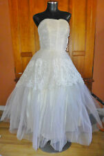 Vintage 1950s 50s LACE TULLE Corset Strapless Royal Wedding Formal Gown DRESS !