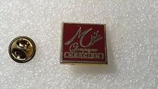 PIN'S DECAT PARIS CHAMPAGNE MERCIER