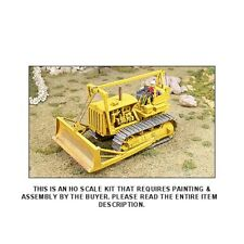 1940's D8 8R CABLE BULLDOZER w/OPERATOR - HO SCALE KIT - GHQ 61006