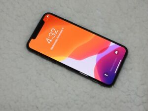 Apple iPhone X - 64GB - Space Gray (Unlocked) A1865 (CDMA   GSM)