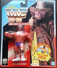 Figura WWF Hasbro 'Macho Man' Randy Savage (Sin Cetro) Series 3 Tarjeta AzulNeón