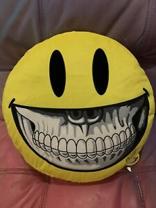 """RON ENGLISH SMILEY GRIN 17"""" PILLOW PLUSH LA POP UP SHOW 2019 SIgned By Him"""