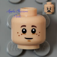 NEW Lego Boy Girl LIGHT FLESH MINIFIG HEAD Smile & Scared Frown w/Brown Freckles
