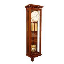Optisches Pendeluhr Highlight aus Nussholz mit präzisem Uhrwerk von Kieninger