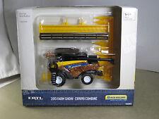 NEW HOLLAND CR9090 COMBINE 2013 FARM SHOW NEW IN BOX 1/64