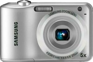 Samsung ES30 12.2MP Digital Camera (Silver) With Memory Card, Cables & PC Disc