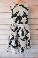 FOREVER NEW dress sz (L) medium 10 black white floral skater dress
