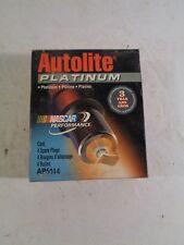 NEW NOS Set of 4 Autolite Platinum Spark Plugs AP5144