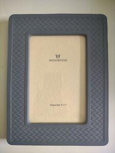 """Wedgwood Blue Jasperware 5"""" x 7"""" Photo Frame geometric borders"""