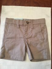 NWT-Toddler Boys Class/Club Midern Fit Khaki Shorts-Size 2