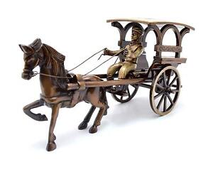 Indien Cultura Two Mustaches Brass European Horse Carriage Showpiece