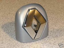 Renault Twingo LOGO Emblem Abdeckung Heckklappe silber metallic NEU 8200336696