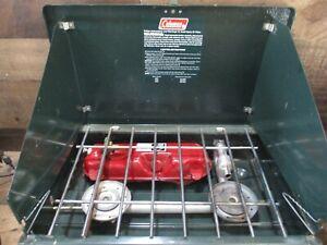Vintage coleman 2 burner camping stove with tank clean works 7-87 model 425F