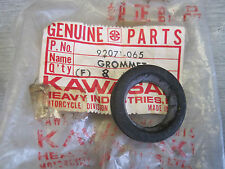 KAWASAKI NOS OIL LEVEL VIEW GROMMET H2 H1 S1 S3 KH250 KH400 KH500   92071-065