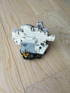 AUDI A4 B7  REAR RIGHT SIDE DOOR LOCK LATCH CATCH MECHANISM 8E0839016AA