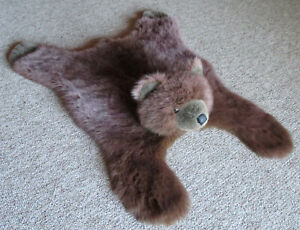 """Faux Fur Brown Bear Skin Floor Rug 40"""" Child Size Small Plush Bedroom Wall CLEAN"""