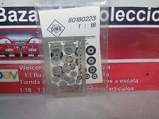 1:18 Accesorios  en metal : bafles y radios - 3L 050