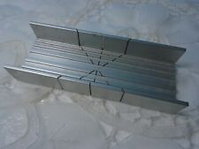 """X-Acto Aluminum 5-1/2"""" x 2"""" Miter Box Pre-owned/Used"""