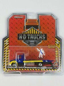 1:64 H.D.Trucks Series 15 International DuraStar Michelin Flatbed Truck
