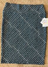 NWT LuLaRoe Cassie Large Green Pencil