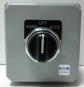 Eaton 10250T7011 Selector Switch in Die Cast Enclosure