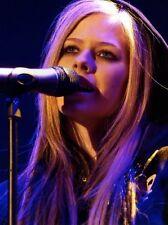 Avril Lavigne 11x17 Mini Poster (28cm x43cm) #06