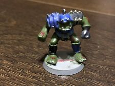 BLOOD BOWL Orc in plastica