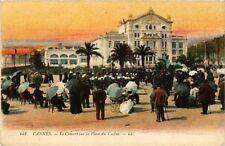 CPA CANNES Le Concert sur la Place du Casino (375238)