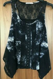 Sleeveless CRAFTED size 10 Top DISTRESSED lace TSHIRT Tie Dye hook n eye front