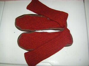 Acorn Wool Slipper Socks, Red Wool Slippers Unisex M9-10/W11-12