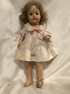 """Vintage 1930s Composition Cloth Girl Doll 15"""" Open Shut Eyes"""