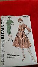 Womens vintage dress sewing patterns/1953/Easy to Sew/Bishop Method
