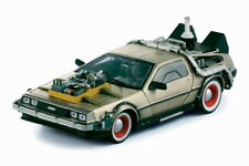 DeLorean Back To the Future Part III in 1:18 Scale by Sunstar  SS2712