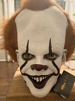 TRICK OR TREAT STUDIOS- IT: PENNYWISE DELUXE EDITION MASK ** IN STOCK**