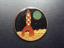 Pin's Tintin Clair de terre N° 30 PARFAIT  ETAT  TDL 328 Doré lisse