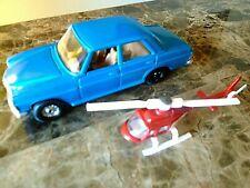 CORGI MERCEDES BENZ 240D + DALY PLANET Superman  HELICOPTER