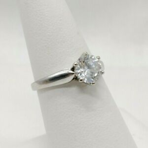 10K White Gold Solitaire CZ Ring - Size 6 - 2 Grams