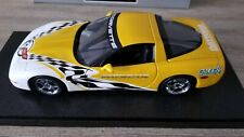 UT MODELS 1/18 1:18 30041 CORVETTE PACE CAR 2000 ROLEX 24 AT DAYTONA