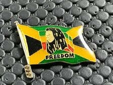 pins pin BADGE MUSIQUE MUSIC BOB MARLEY REGGAE