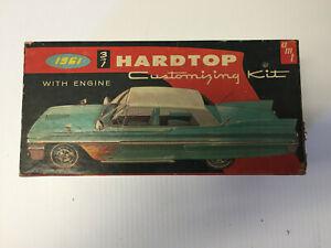 Vintage:a m t , 1961Pontiac hard top,1.25 scale, partial :unbuilt KIT: open box