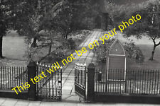 MRS-E0020 - Photo Looking Down on Path to All Saints Church Runcorn Cheshire